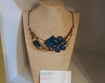 Emerald flower necklace, bronze wire