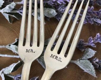 Mr & Mrs Forks, Wedding Forks, Hand Stamped Forks, Vintage, Wedding Cake Forks, Wedding Shower, Gift, Present, Bride and Groom, Stamped Fork