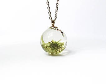 terrarium necklace green moss jewelry gift/for/wife crystal pendant unique gift/for/girlfriend resin jewelry woodland wedding necklace P124