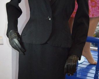 "Late 1940's Black Wool, New Look Suit 36"" bust"
