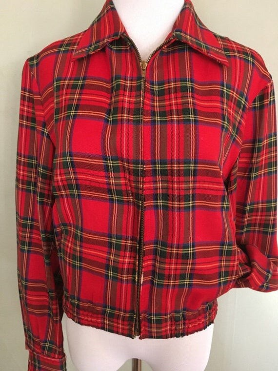 1950s Unisex Zero King Sports Apparel Red Plaid Jacket Fitted Waist Cuffed Sleeves Pockets Inside and Out Zip Front S/M