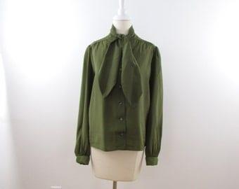Dark Fern Ascot Blouse - Vintage 1980s Secretary Bow Top in Olive Green - xLarge