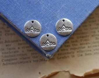 10 pcs Antique Silver Mountain Small Round Circle Charms 13mm (SC3068)