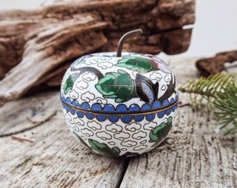 Vintage Petite Cloisonne Apple Enameled Trinket/Ring Box,  White with Turquoise Interior