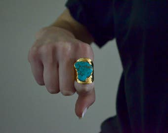 SALE 40% OFF!! Turquoise hammered band ring