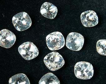 4 Vintage Swarovski Crystals, clear, cushion cut, 10mm, gold foil, art 4470