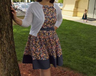 Retro Fit and Flare Dress with Contrasting Band/Belt