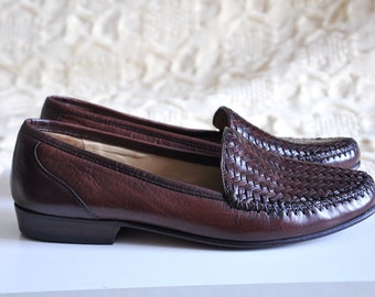 Vintage leather loafers, woven leather loafers, brown leather loafers, 80s leather flats, womens leather flats