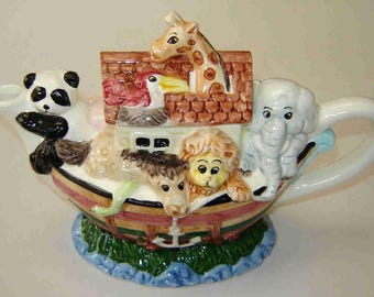 Vintage NOAH'S ARK TEAPOT - Ceramic from Cardinal Inc.- Nursery Decor - Birthday Tea Party - Baby Shower Gift - Dated 1994