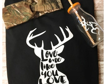 Deer shirt - Women's deer shirt - Love Deer season shirt - Deer head shirt - Ladies deer shirt - Hunting shirt - Women's hunting  shirt-