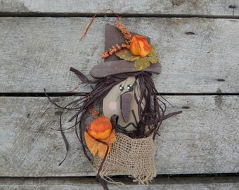 20% Off Sale Pallet Scarecrow