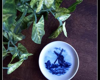 Vintage Delft blue decorative windmill small plate