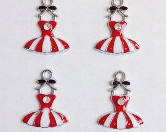 4 dress charms - EC110