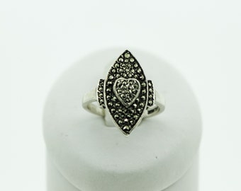A Silver Marquise Shaped Marcasite Ring   SKU125