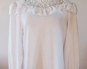 Irving Nadler White Crepe Long Sleeve Blouse w/ High Collar & Lace Yoke NWT Deadstock Size 9/10 BTK-021