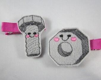Screw and bolt felt embroidered hair clip set