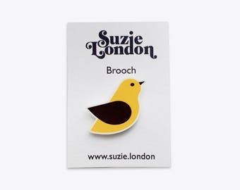 Songbird Brooch in Yellow – 60s 70s retro Scandinavian bird pin by Suzie London