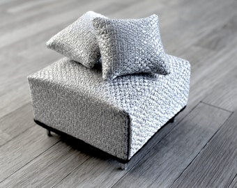 1:12 Scale Modern Miniatures Dolls House Furniture Silver White Textured Mini Ottoman + Matching Throw Pillows for Dollhouse Room Box