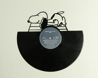 Vinyl droopy