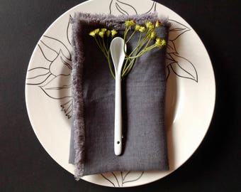 Set of 4 Grey Linen dinner napkins, Dark grey napkins, Charcoal napkins, Eco friendly napkins, Grey washable napkins, Organic napkins