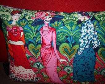 Frida Kahlo - pillow - la catrina - Dios de los muertos