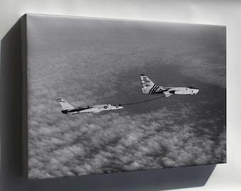 Canvas 24x36; A-3B Skywarrior (Vah-4) Refuels Ra-5C Vigilante (Rvah-11) 1968