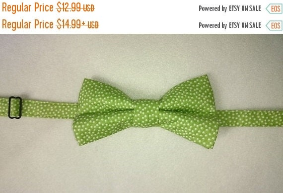 """Winter Sale Sale CLEARANCE  """"Green with White Dot""""   Adult's Pretied Bow Tie"""