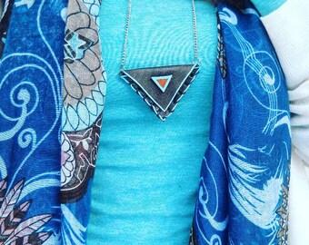 Leather Bag Necklace - Medicine - Pouch - Native American - Secret Pocket - Blue - Tribal neckbag - Talisman - Minimalist - Triangle - Boho