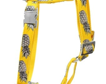 Designer dog harness PINEAPPLE YELLOW - designer harness with silver colored hardware- matching leash available
