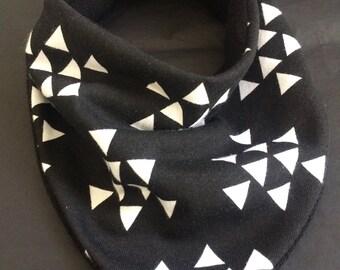 Baby Bib, Black And White Triangles, Bib Bibdana Bandana Teething Teether Chewable Boy Neutral