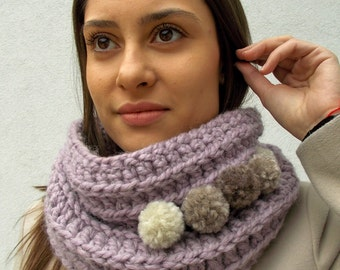 DUSTY PURPLE Circle Collar/Alpaca Pom-Pom Wool Scarf/LAVENDER Gray Infinity Scarf/Super Soft&Warm Collar/Gift for Her/Womanly Pastel Scarf