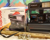 1983 Polaroid One Step Instant Camera with Macro Lens and Electronic Flash!