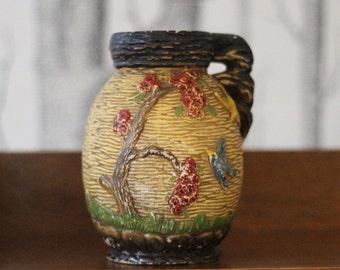 Pretty 1930s Delcroft vase
