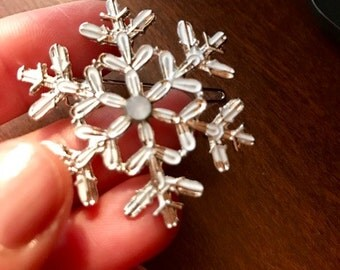 White Snowflake Hair clip wedding hair accessories winter bride updo hairstyle accessories clips/pins
