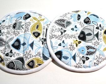 Fish Pot Holder - Pot Holder Set - Fabric Trivet - Summer Pot Holder - Bridal Shower Gift - Kitchen Gifts - House Warming Gift - Pot Holders