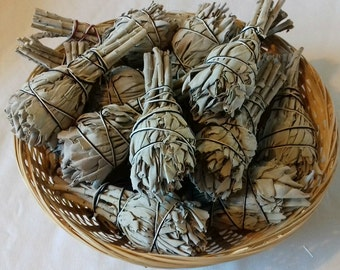 White Sage Smudge Bundles - Crystal Cleansing, Smudging, Native American Ritual, Aura Cleansing, Space Clearing, Removes Stagnant Energy