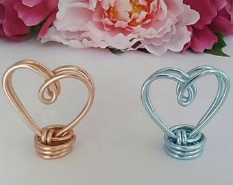 Wire photo holder - Heart photo frame - Mini photo stand - Scan photo holder - Baby shower gift - New mum gift - Girls bedroom decor