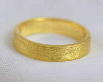 Scottish & Recycled Gold Etched Flat Profile 5mm Wedding Ring