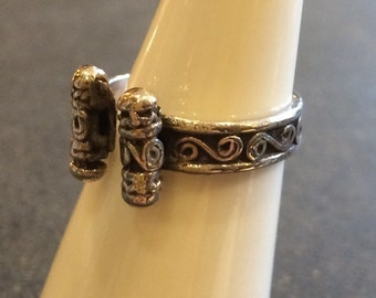 Cute adjustable silver ring - handmade in Cairo