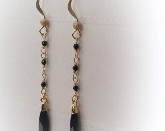 Black spinel, Swarovski, Dangle Earrings, Black Earrings, Black spinel earrings, Spinel Jewelry, Raw Natural Stones Jewelry, Drop Earrings