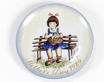 Vintage 1989 Mother's Day Plate, Hummel Plate, Made in West Germany, 1989, Mother's Day Gift, Schmid, Inspired by Berta Hummel