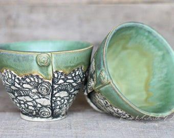 Little vintage bowls