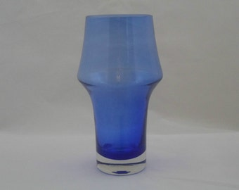 Riihimaki blue glass vase by  Tamara Aladin. Stylish 1960s Finnish design by Riihimäen Lasi Oy glass company. Vintage Scandinavian glass