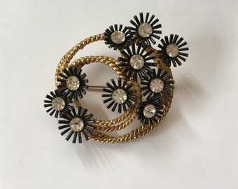 Vintage Black and Gold with Clear Rhinestone Spray/Fireworks Brooch 0807