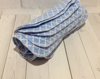 Flannel Wipes - Cloth diaper wipes - Reusable baby wipes- Blue and White