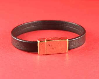 5/3 MADE IN EUROPE magnetic clasp for 10mm flat leather cord, gold clasp for flat cord, strong magnetic clasp for 10mm cord (XM5981AG) Qty1
