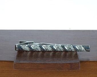 Vintage men's Tie Clip - Silver tone Tie Clasp - Victorian Style