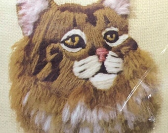 Jiffy Stitchery Embroidery Kit Tuffy Cat Kitten  Designed By Nancy Overton Sunset Designs 440A Homespun 100 % Wool Yarns Cat Lady