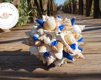 Beach wedding bridal bouquet, White sea shells bouquet, Beach wedding bouquet in white tones with a touch of electric blue and yellow