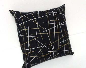 Extra pillow for modern cat felt bed- Minimal design, Black and gold, Animalove